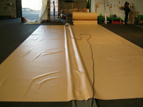 pvc teichfolie 1 0mm sand teichbau baumaterial f r den teichbau. Black Bedroom Furniture Sets. Home Design Ideas